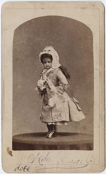 File:Photograph of a doll.jpg