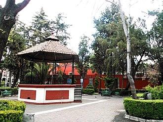Mixcoac - Plaza Jáuregui
