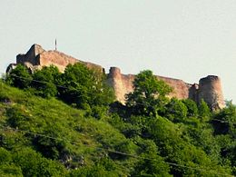 Poienari in Romania castle of Vlad Tepes.jpg