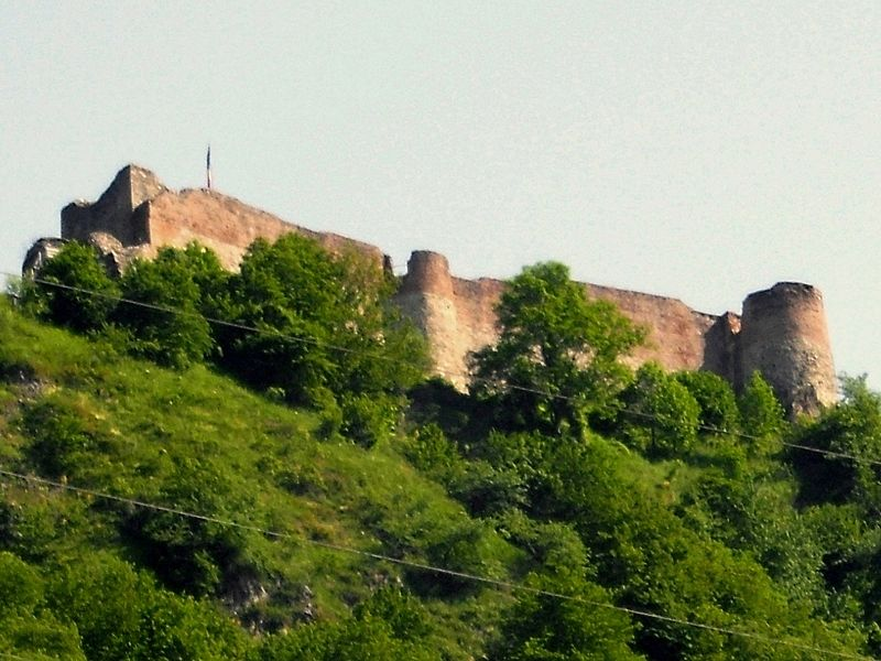 File:Poienari in Romania castle of Vlad Tepes.jpg