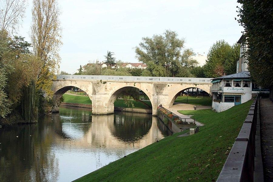 Ancien pont - Yvelines (France)