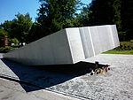 Pomnik Smoleński Powązki 1.JPG