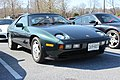 Porsche 928S (26472857055).jpg