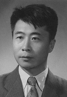 Qu Bo (writer) Chinese novelist