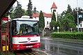 Praha, Řeporyje, autobus a kostel.jpg
