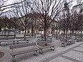 Praha, Staroměstské náměstí, lavičky - panoramio.jpg