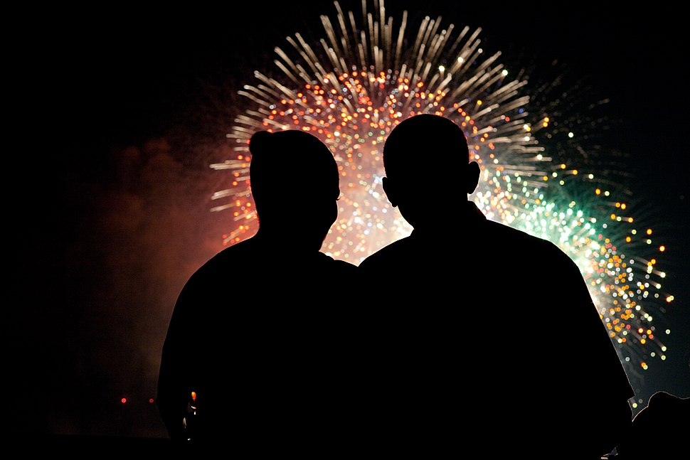 President and First Lady Obama watch fireworks 07-04-09