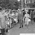 Prinses Margaret en Lord Snowdon op de tentoonstelling Museumplein, Lord Snowdon, Bestanddeelnr 917-7704.jpg