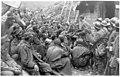 Prisonniers autrichiens à l'entrée des tranchées du Mont Cucco, près de Plava - Plava - Médiathèque de l'architecture et du patrimoine - AP62T104643.jpg