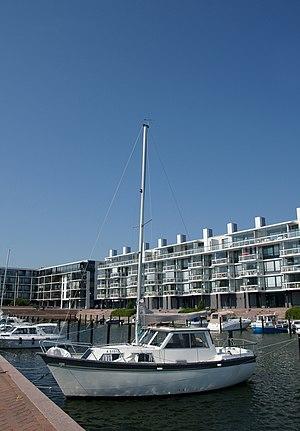 English: Sailboat in Pursilahdenranta, Helsink...