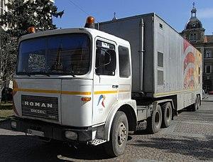 Roman (vehicle manufacturer) - ROMAN trailer-truck