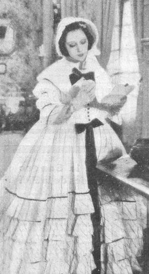 Raquel Meller - Image: Raquel Meller como Eugenia de Montijo en Violetas imperiales