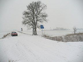 Re-opened border pass after joining of LV, LT to Shengen. No traffic. December, 2007. View from Lithuania - panoramio.jpg