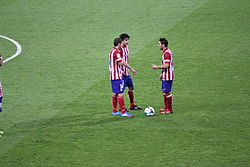 Real Madrid vs. Atlético Madrid 28 September 2013 set 7.JPG
