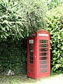 Red telephone box - geograph.org.uk - 841481.jpg