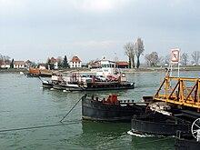 Rheinfähre Neuburgweier