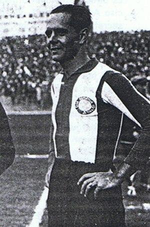 Ricardo Saprissa - Saprissa playing for Español