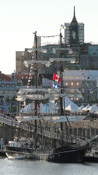 Roald Amundsen (ship) - Roald Amundsen in Montreal, Canada, in 2010