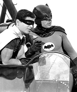 Adam West als Batman en Burt Ward als Robin