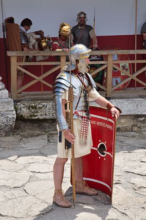 Manica (armguard) - Image: Roman legionaire with manica 01