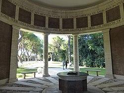 Rome War Cemetery - vestibolo P1060045.JPG