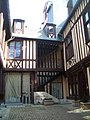 Rouen, 38 rue du vieux-palais 10.jpg