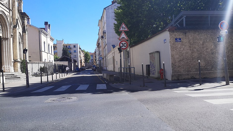 Rue Villeurbanne - Rue d'Inkermann.jpg