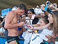 Ryan Lochte signs autographs for fans-2 (8991460974).jpg