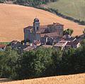 Saint-Geniez de Bertrand (le château, et le village, côté sud).JPG