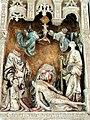 Saint-Quentin (02), basilique St-Quentin, chapelle rayonnante nord, groupe sculpté - St Nicolas avec un donateur et 2 autres personnages 2.jpg