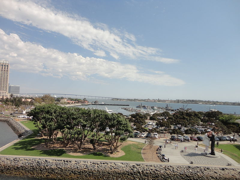 File:San Diego Bay from USS Midway 12 2013-08-23.jpg