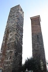 Savona towers 2010 2.jpg