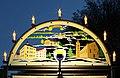 Schwibbogen mit Kronauer Motiven in Hohndorf Erzgebirge. 2H1A9350WI.jpg