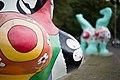 Sculptures Nanas Niki de Saint Phalle Leibnizufer Hanover Germany 07.jpg