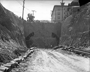 2nd Street Tunnel - Before the boring of the tunnel, from the Figueroa Street end, 1921