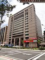 Shin Kong World Commercial Building 20150815.jpg