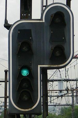French railway signalling -  block free: proceed
