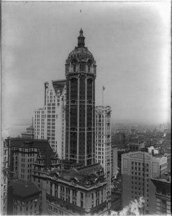 Singer Tower, New York City LCCN2002711803.jpg