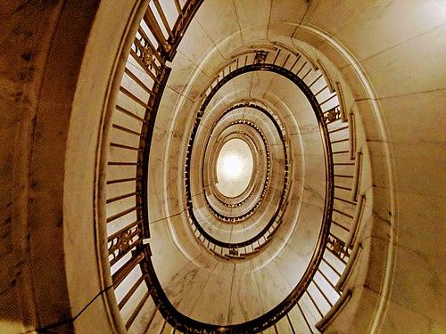 Spiral Staircase Supreme Court Washington.jpg