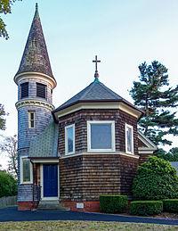 St. Matthew's Episcopal Church Barrington RI side view.jpg