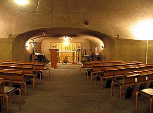 St George's Interdenominational Chapel, Heathrow Airport - The altar of the chapel