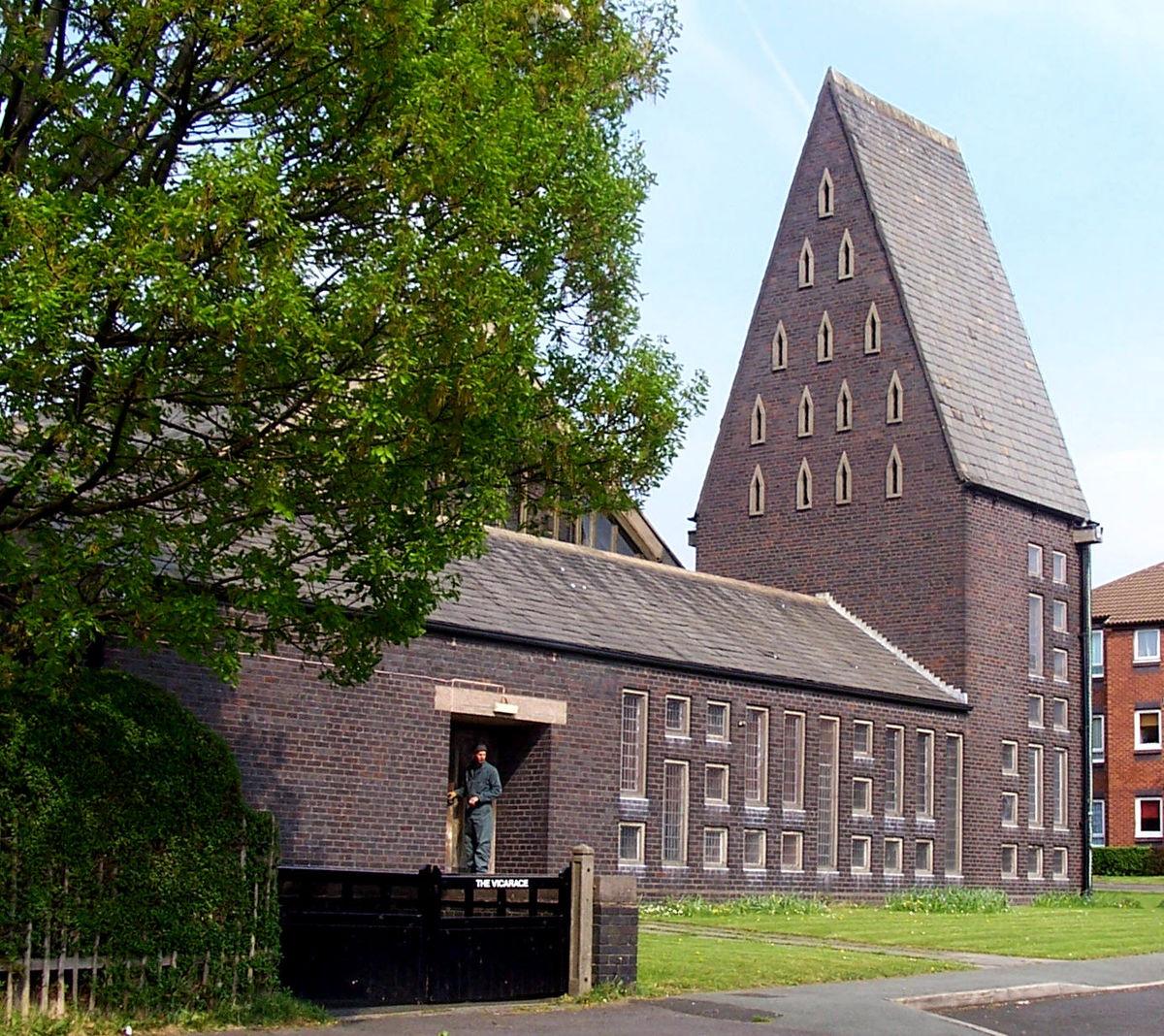 St Mark's Church, Chadderton.jpg