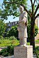 Standbeeld Goeman Borgesiuslaan Utrecht (26576063235).jpg