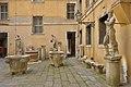 Statue antiche alle Procuratie nuove Museo Archeologico Venezia.jpg