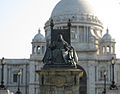 Statue of Queen Victoria in front of Victoria Memorial Hall, Calcutta.jpg