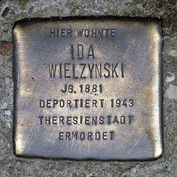 Photo of Ida Mielzynski brass plaque