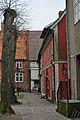 Stralsund, Auf dem Sankt Nikolaikirchhof (2012-03-18) 1, by Klugschnacker in Wikipedia.jpg