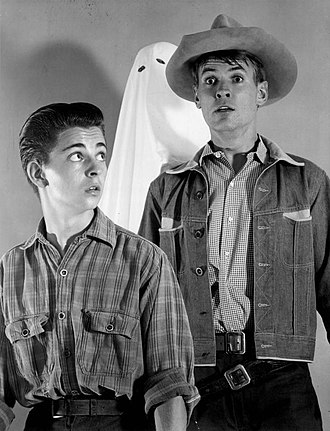 Sugarfoot - Tommy Rettig with Will Hutchins in Sugarfoot (1958).