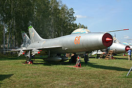 Sukhoi Su-9 Fishpot 68 red (9971839345).jpg