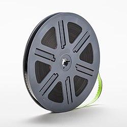 Super-8-mm-film-on-a-spool-02.jpg